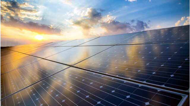 مجوز گرفتن بزرگترین نیروگاه خورشیدی بریتانیا